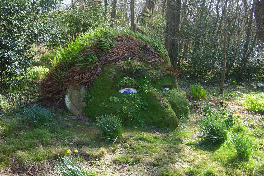 Gardens-of-Heligans-01