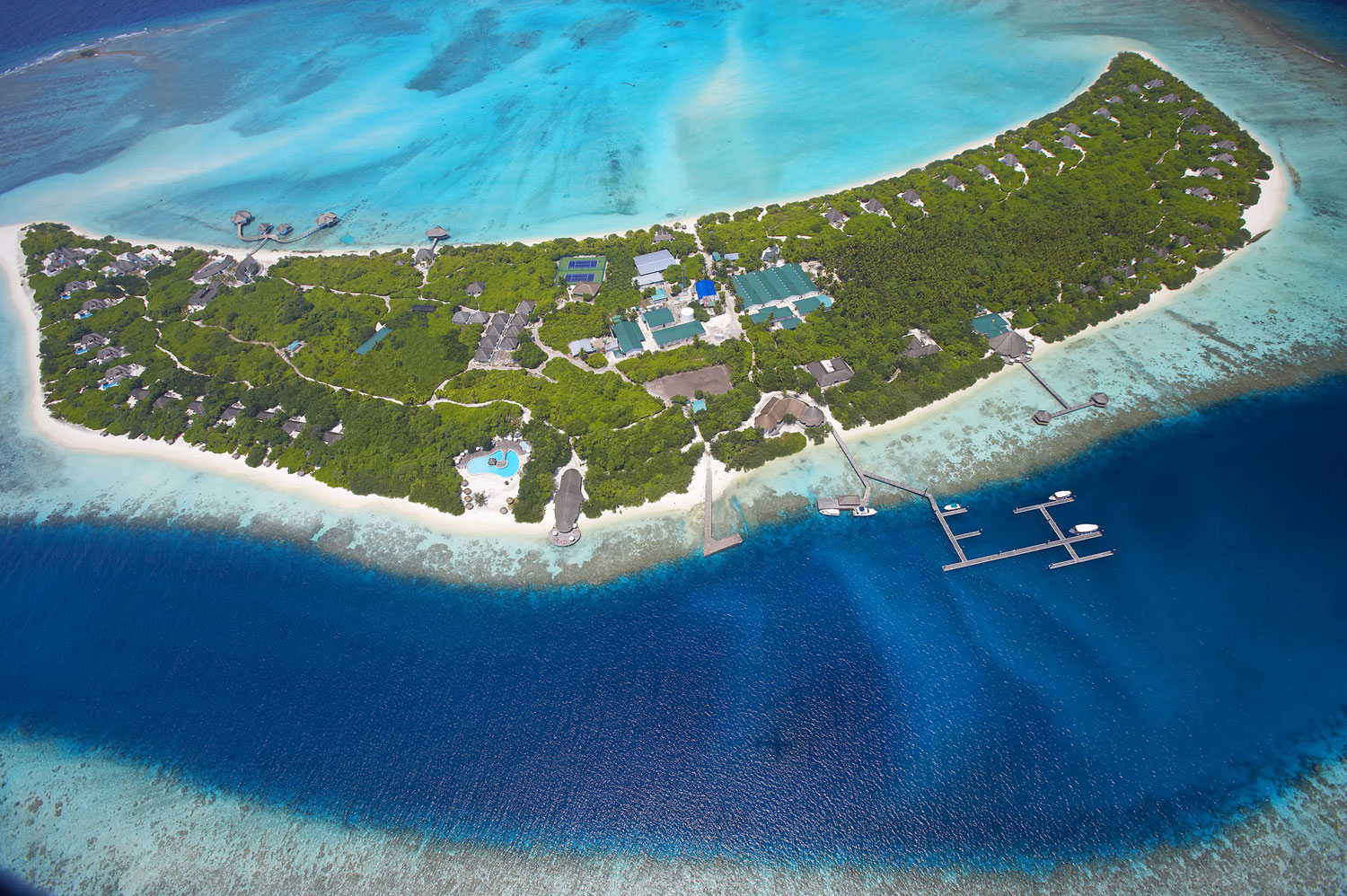 Island-Hideaway-at-Dhonakulhi-Maldives-Spa-Resort-Marina-01