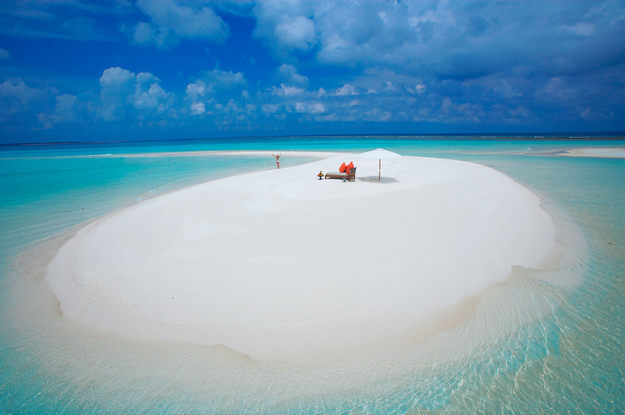 Island-Hideaway-at-Dhonakulhi-Maldives-Spa-Resort-Marina-08