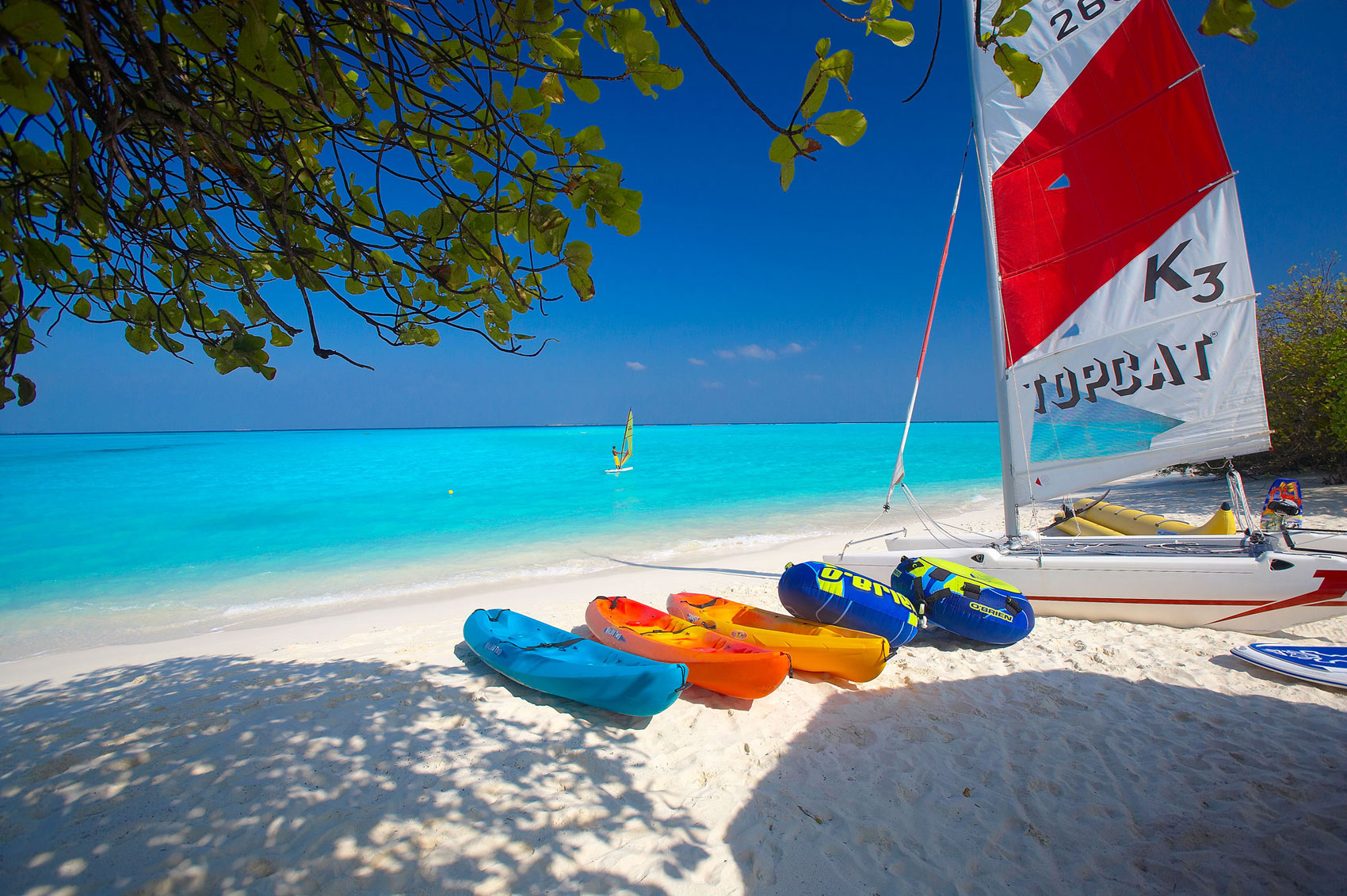 Island-Hideaway-at-Dhonakulhi-Maldives-Spa-Resort-Marina-11