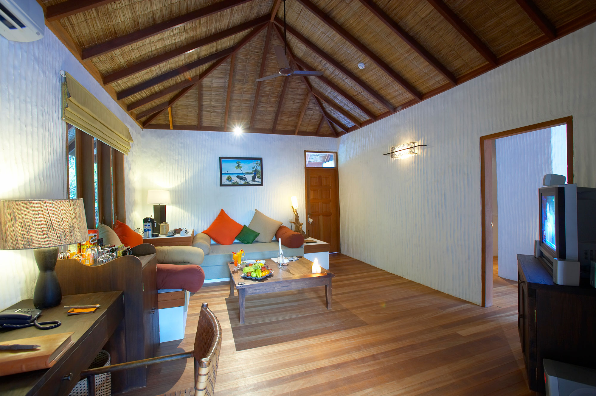 Island-Hideaway-at-Dhonakulhi-Maldives-Spa-Resort-Marina-18
