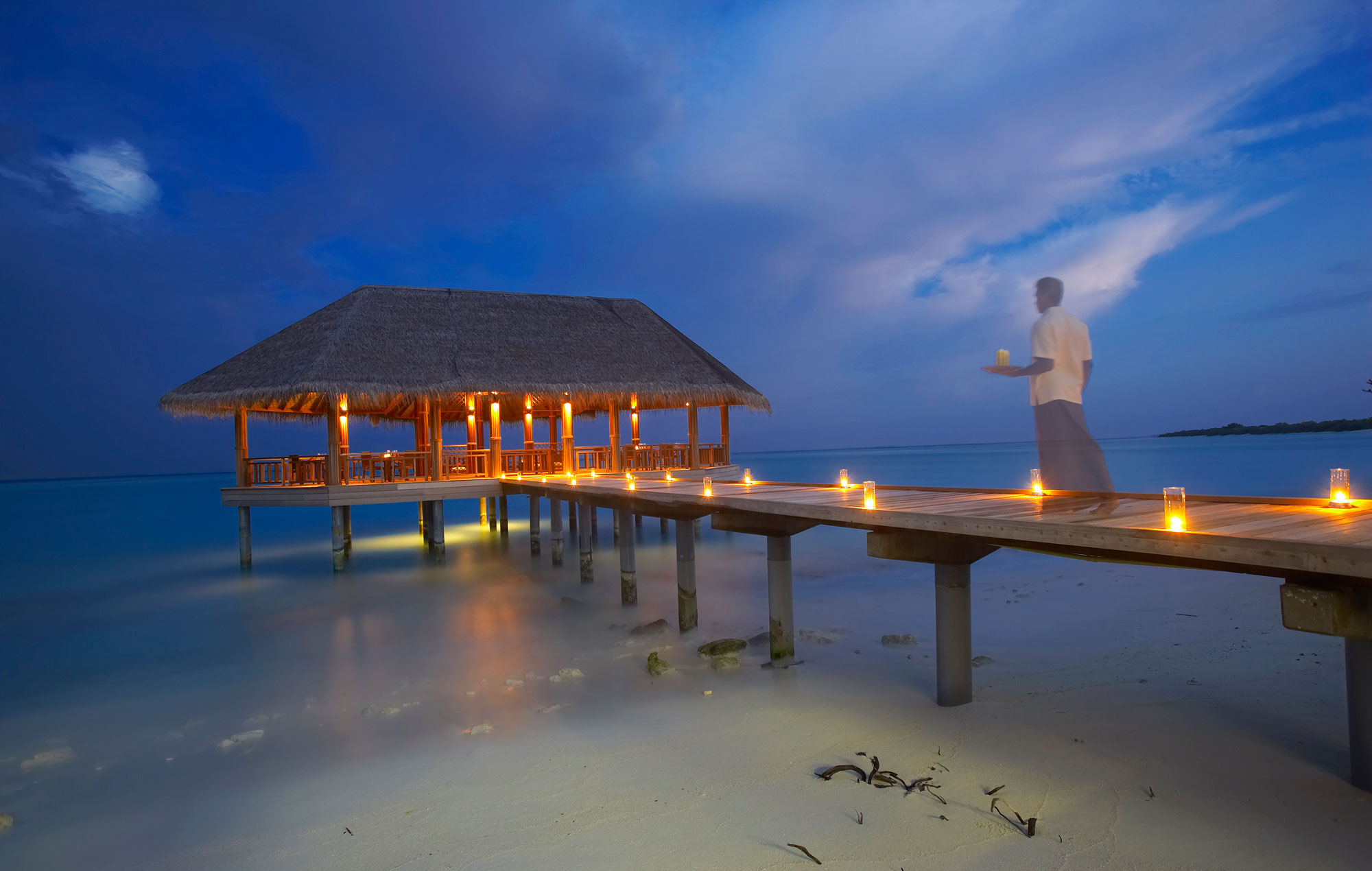 Island-Hideaway-at-Dhonakulhi-Maldives-Spa-Resort-Marina-33