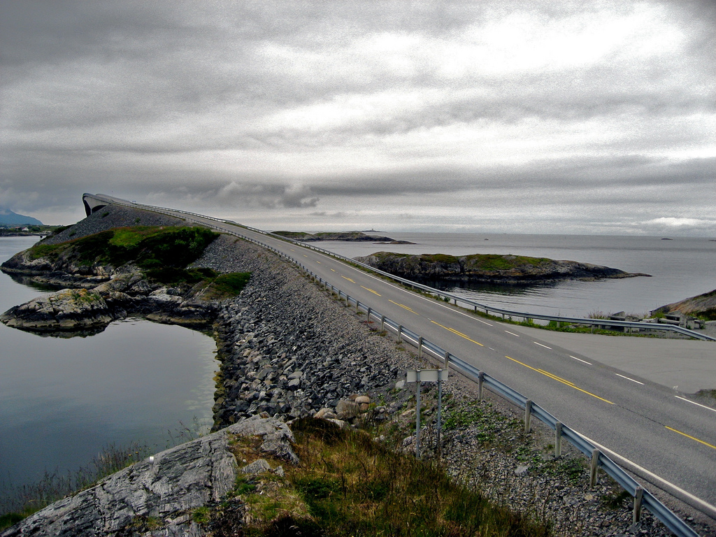 atlantic-road-norway-23