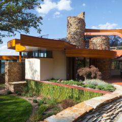 The Unique Chenequa Residence