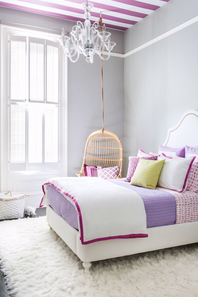11-purple-striped-ceiling
