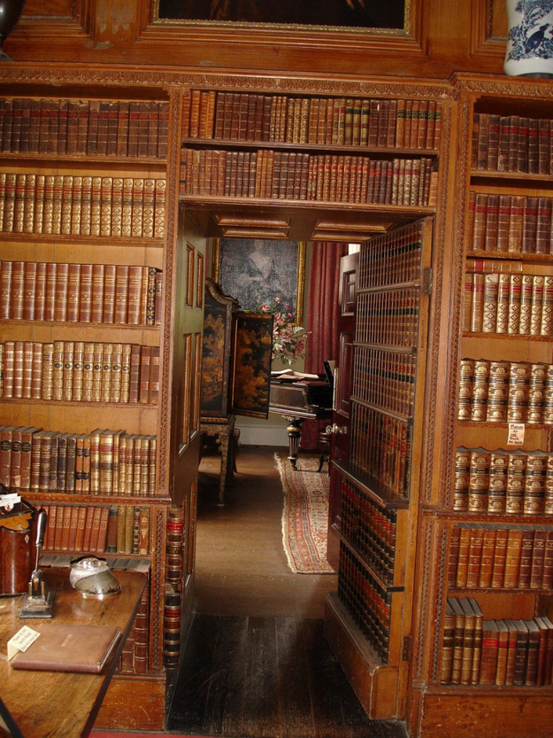 Home Office Den Library: 31 Beautiful Hidden Rooms And Secret Passages