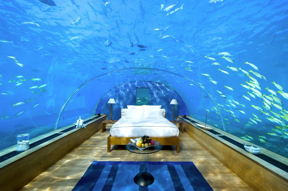 20-Most-Incredible-Living-Rooms-9