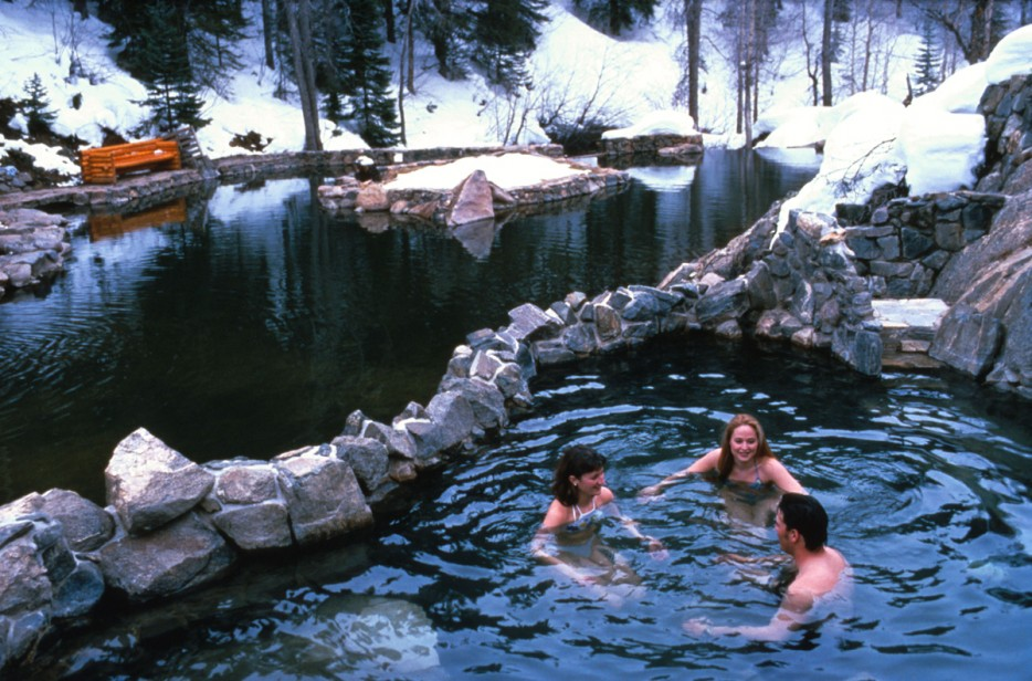 24 Of The World S Best Hidden Hot Springs Architecture