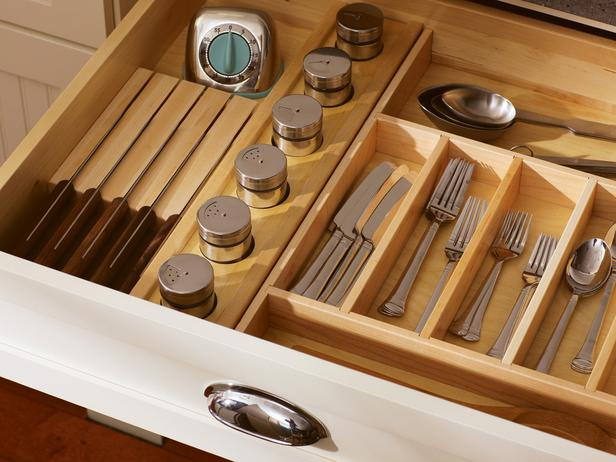 23-Dura-Supreme-Kitchen-Silverware-Drawer