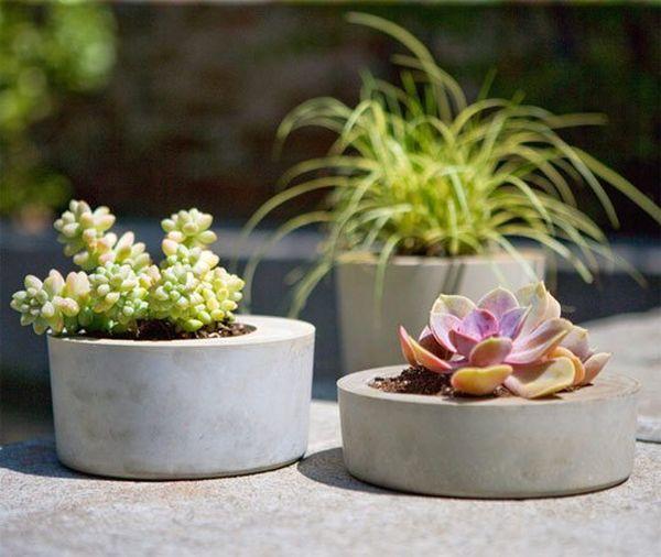 28-cocnrete-planters