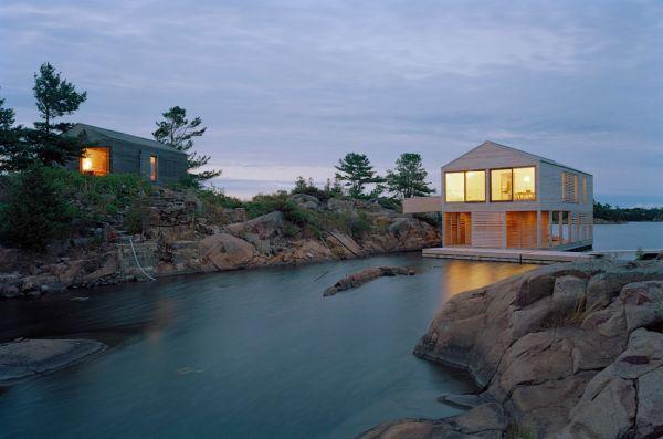 3-floating-house