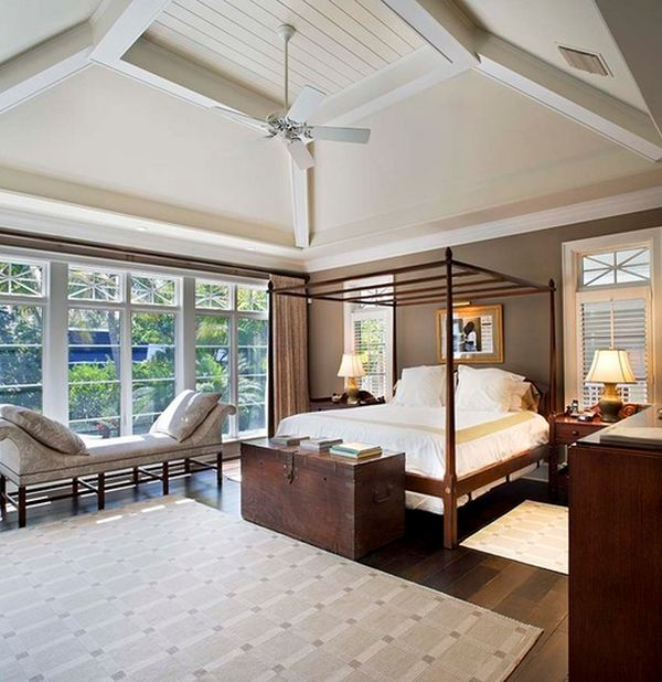 37-master-bedroom-with-canopy-bed