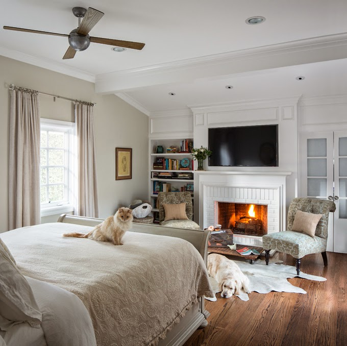 52 master bedroom ideas that go beyond the basics - Small bedroom sitting area ...