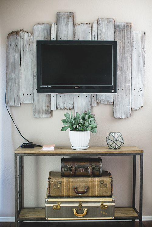 9 Awesome DIY Frames for Your Flatscreen TV   Architecture ...