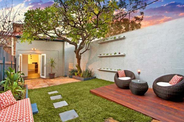 Small-Backyard-Landscaping-Ideas-1