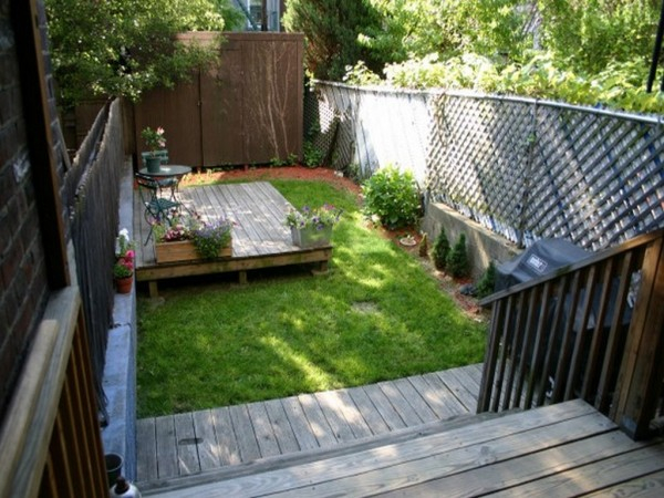 Small-Backyard-Landscaping-Ideas-12