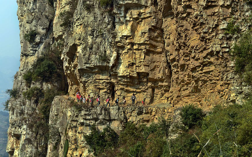 25 Of The Most Dangerous And Unusual Journeys To School In The World | Architecture & Design