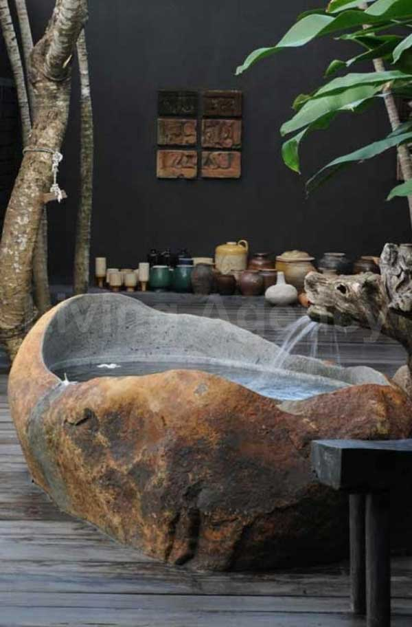 21 Natural Stone Bathtub Ideas For Your Classy Bathroom -3951
