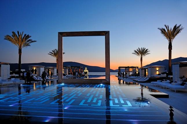 19-Amazing Pools