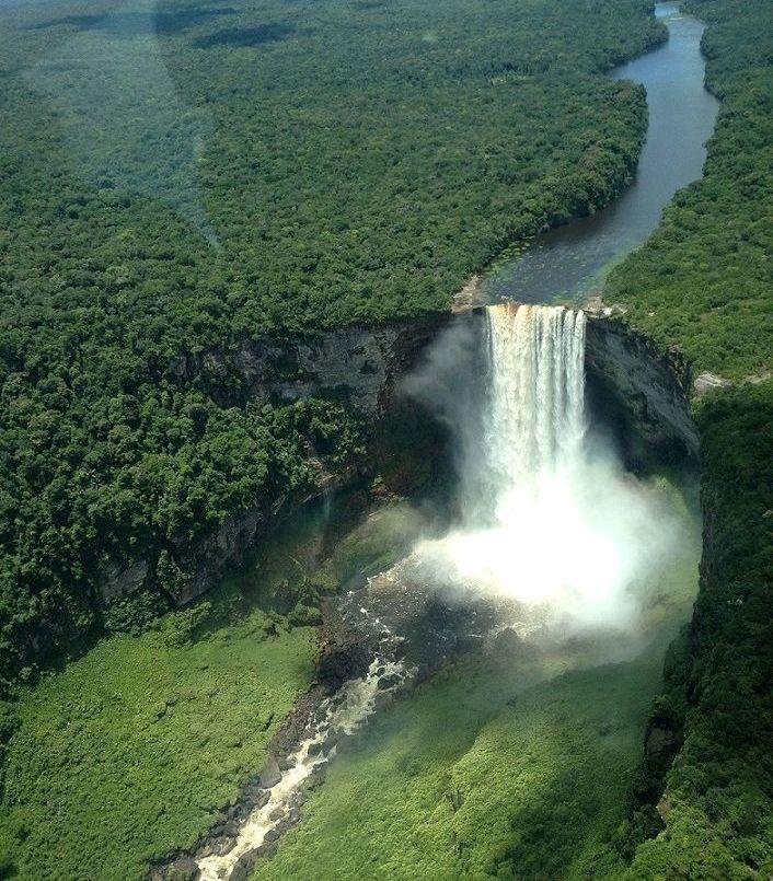 24-Kaieteur_waterfalls_Guyana