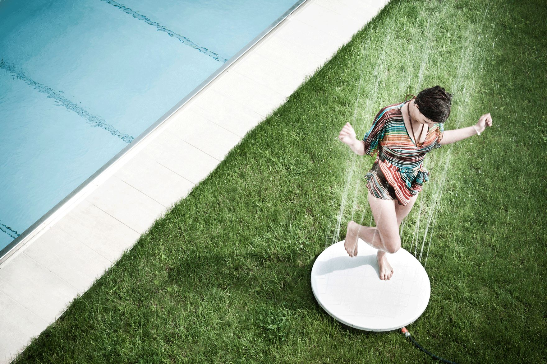 24-Viteo-outdoor-shower