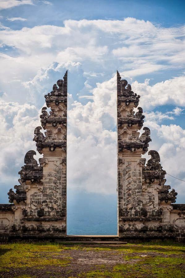 37-Pura_Lempuyang_Door_Bali_Indonesia