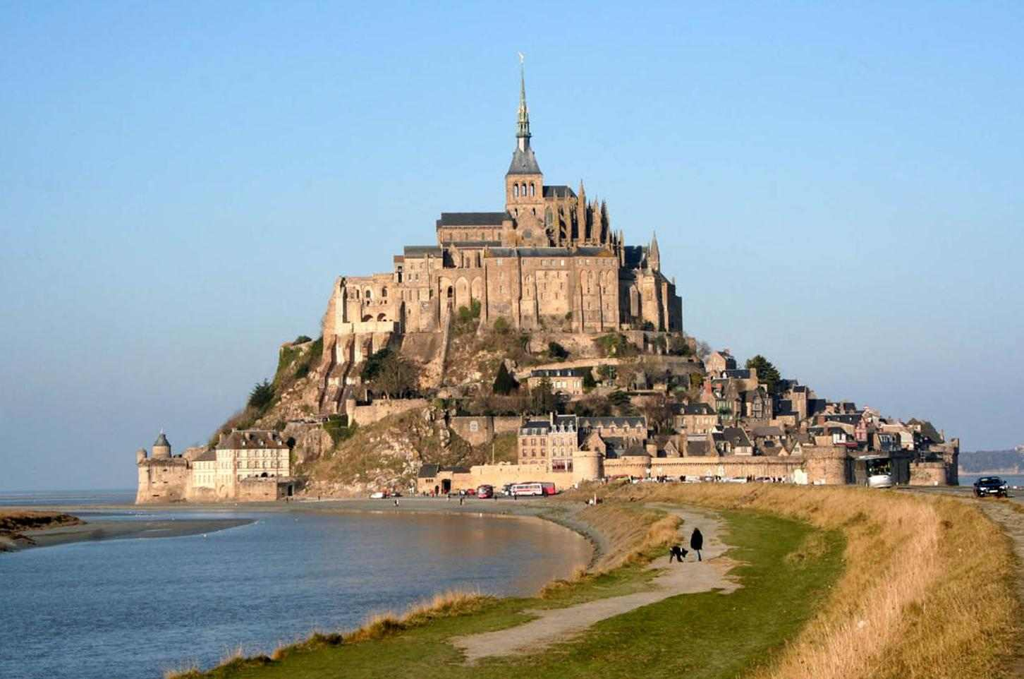 46-Mont_St_Michel_Castle_France