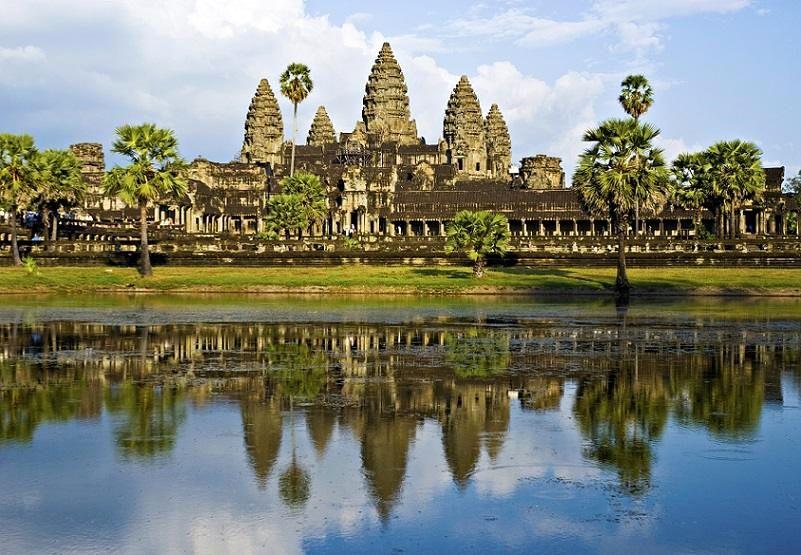 9-Angkor_Wat_in _Cambodia