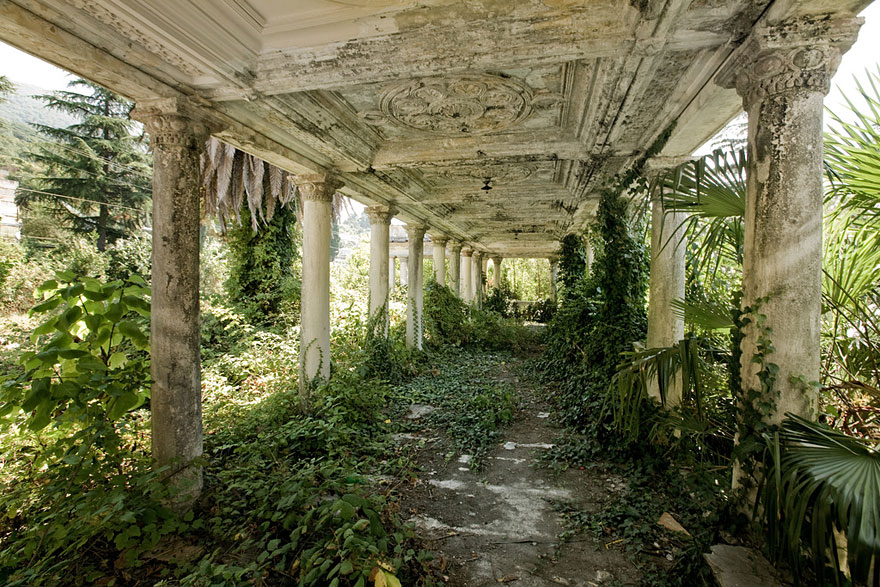 abandoned-places-17