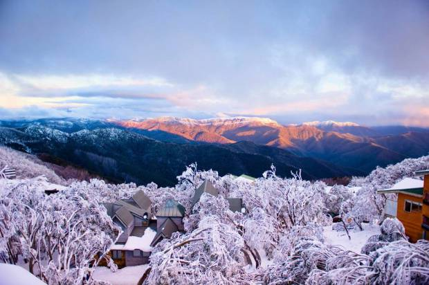 AD-Most-Picturesque-Winter-Towns-From-Around-The-World-02
