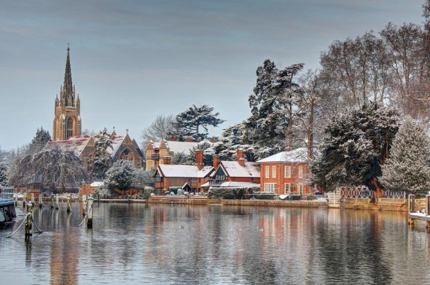 AD-Most-Picturesque-Winter-Towns-From-Around-The-World-12