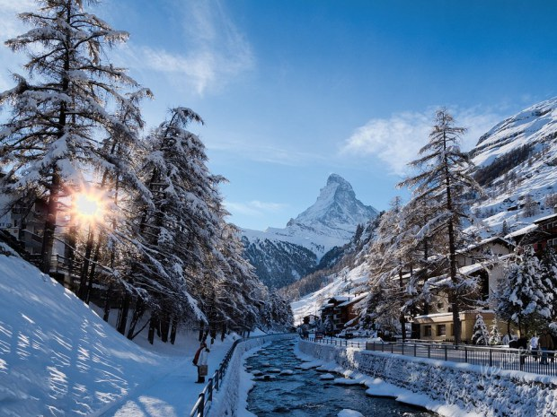 AD-Most-Picturesque-Winter-Towns-From-Around-The-World-21