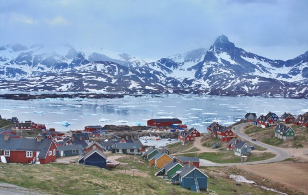 AD-Most-Picturesque-Winter-Towns-From-Around-The-World-25