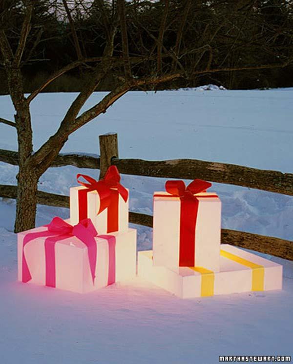 Outdoor-Christmas-Lighting-Decorations-10