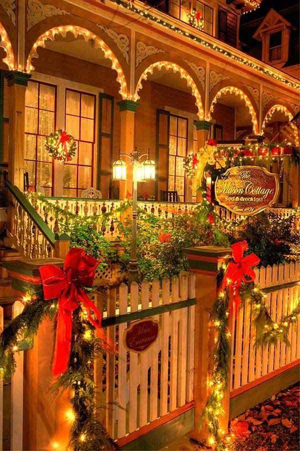 Outdoor Christmas Lighting Decorations 15