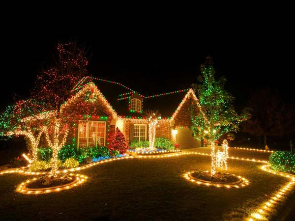Outdoor-Christmas-Lighting-Decorations-2 - Top 46 Outdoor Christmas Lighting Ideas Illuminate The Holiday