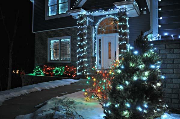 Outdoor-Christmas-Lighting-Decorations-8-1