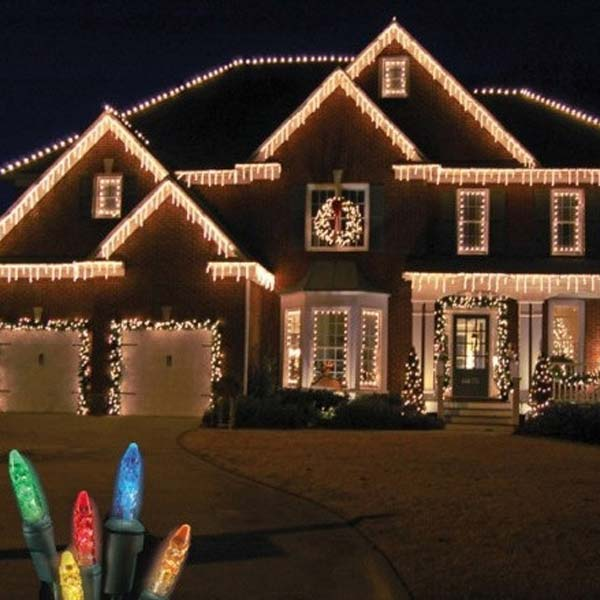 Outdoor-Christmas-Lighting-Decorations-9 & Top 46 Outdoor Christmas Lighting Ideas Illuminate The Holiday ...