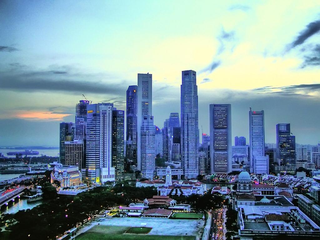 3-Singapore-Skyline