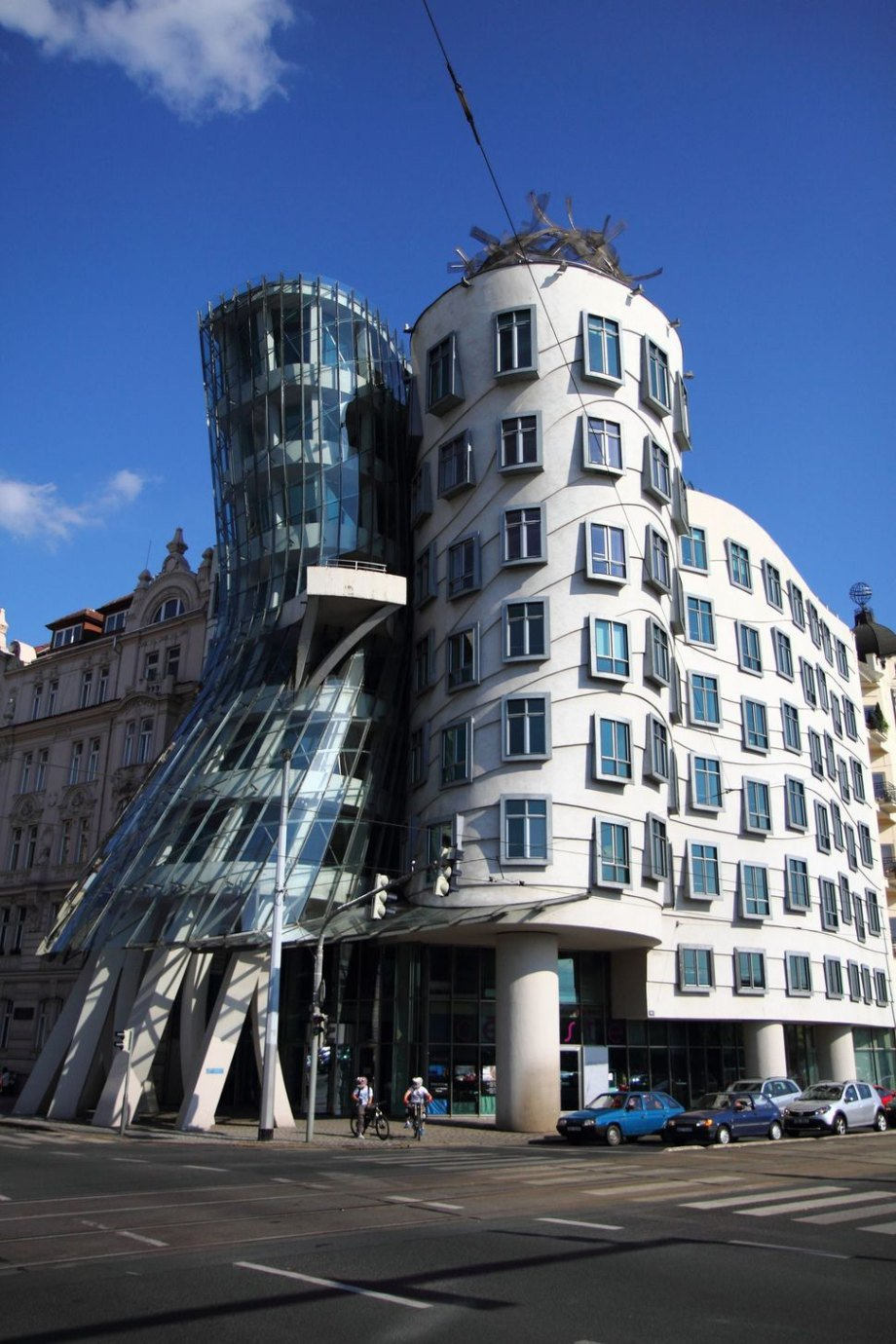 incredible buildings around the world that are works of