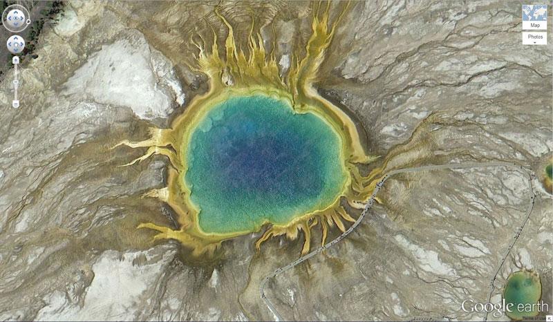 49-grand-prismatic-spring-yellowstone-natonal-park-on-google-earth