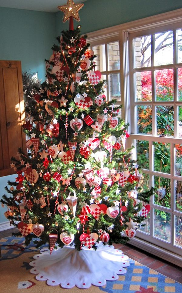 AD-04-full-christmas-tree-decor