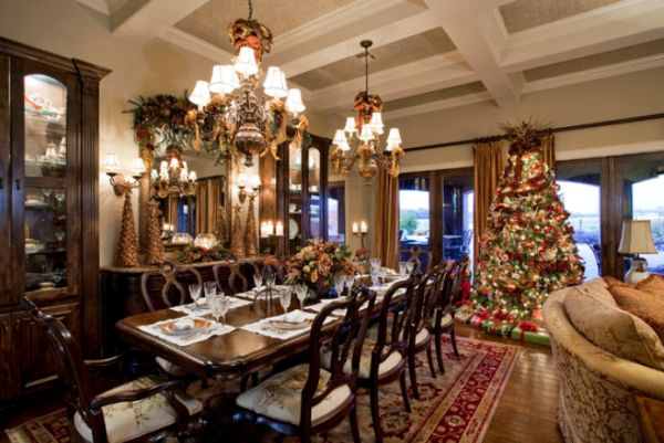 AD-07-dining-room-christmas-decor