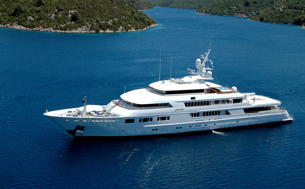 AD-Most-Expensive-Yachts-Ever-Built-09