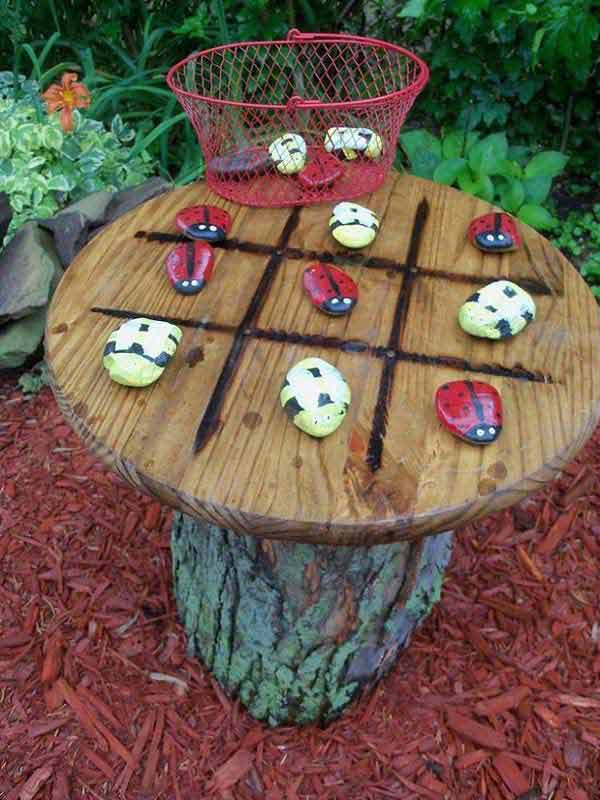 26 fabulous garden decorating ideas with rocks and stones for Fun garden decoration ideas