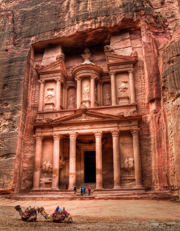 10-amazing-places-petra-1