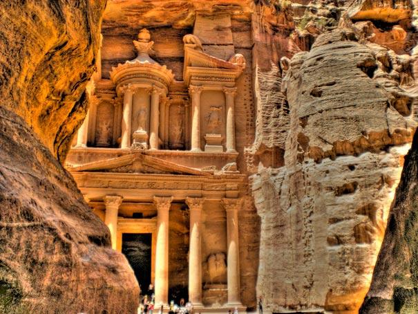 10-amazing-places-petra-3
