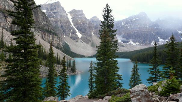 12-amazing-places-antelope-moraine-lake-2