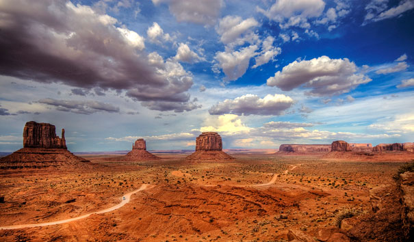 15-amazing-places-monument-valley-3