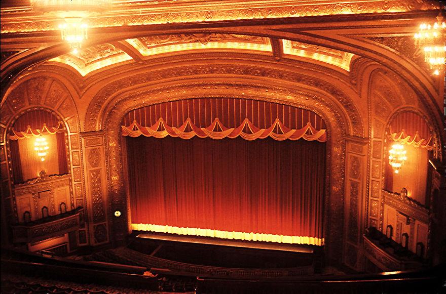 23-AD-Regent-Cinema-Brisbane-Australia-23